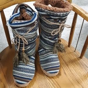 Shoes - 🌵New slippers lounge